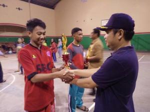 Juara 2 basket putra dan putri tingkat kabuten Banyuwangi