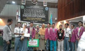 Juara 3 lomba hidroponik tingkat provinsi di Poliwangi